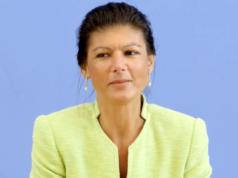 Sahra Wagenknecht droht der eigenen Partei mit Rücktritt. (Screenshot: YouTube)