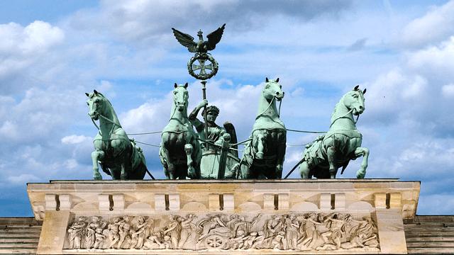 Die Linken-Abgeordnete Ulla Jelpke kritisiert, dass Berlin weniger Iraker anerkennt als Bremen.